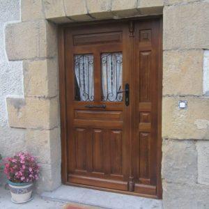 Puerta Entrada Madera 1