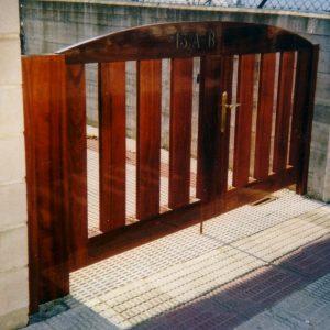 Puerta Entrada Madera 16